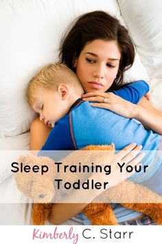 Sleep training doesn't have to be hard or tearful. Here are the best methods tips and ideas to make it work better faster and easier. Help Baby Sleep, Kids Sleep, Good Sleep, Sleep Training Methods, Baby Sleep Schedule, Sleeping Through The Night, Bedtime Routine, Baby Learning, Baby Center