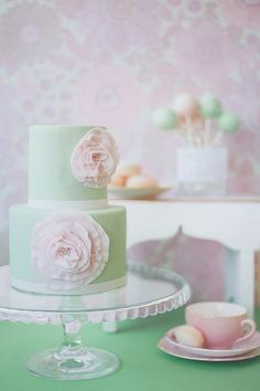 mint green, pink cakes, color, pastel weddings, pink weddings, wedding cakes, 50s wedding, bride, bridal showers