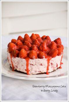 Strawberry-Mascarpone Cake