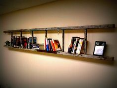 Wooden Ladder Bookshelf !! Using reclaimed old ladder turn your bookshelf into a real conversation piece. Doing this!
