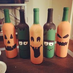 DIY Halloween Wine Bottles Decor - A Dash of Sarah Blog #BewitchinProjects