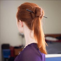 tutorial for fast and sturdy hairstick buns