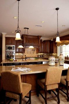 high end look that could easily be achieved with rta kitchen cabinets  http://www.rtacabinetstore.com