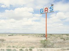 Gas-Station County Road New Mexico - Iñaki Bergera Landscape Photography, Art Photography, Dead Malls, Little Free Libraries, Free Library, Architectural Signage, New York Photographers, Land Of The Free, Fun Shots