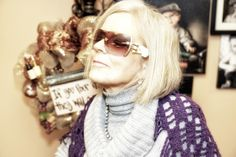 Hi everybody, my name is Pat Sample and I am a good friend of Gina's. Today I am at her awesome shop, . Sunglasses, Awesome, Shopping, Style, Fashion, Swag, Moda, Stylus, La Mode
