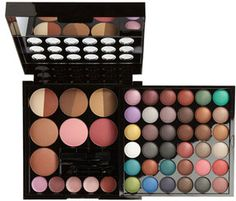 NYX Makeup Artist Kit - on my list of things to buy!