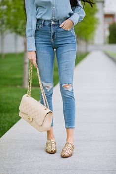 Jeans on jean outfit spring.