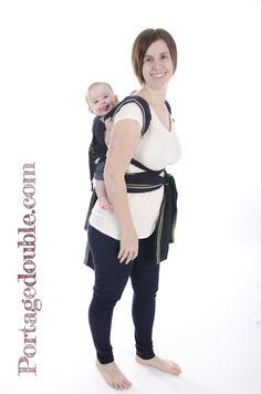 355d0216eae8 Tutoriel sur l installation d un Mei Tai au dos - Un porte-bébé abordable  et facile à utiliser!   Tutorial on how to install a Mei Tai on your back -  A baby ...