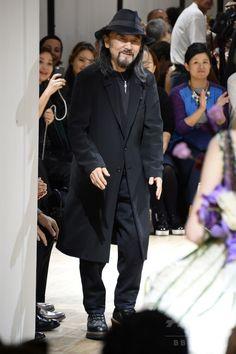 山本耀司が表現するセクシーとは、「ヨウジヤマモト」15年春夏 国際ニュース:AFPBB News