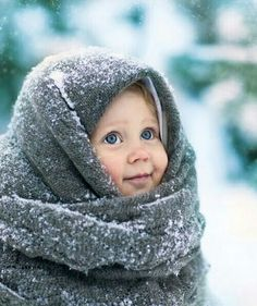 November Baby Names Portrait Photography I like this portrait because the baby looks very warm but the blanket indicates that he/she is outside, and it is obviously snowing. Precious Children, Beautiful Children, Beautiful Babies, Happy Children, Cute Children, Little Children, November Baby, January 7, Beautiful Eyes