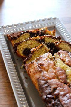 Bolo Mármore de Banana e Chocolate (receita também em video) - http://gostinhos.com/bolo-marmore-de-banana-e-chocolate-receita-tambem-em-video/