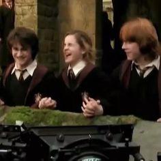 Harry James Potter, Magie Harry Potter, Mundo Harry Potter, Harry Potter Feels, Theme Harry Potter, Harry Potter Tumblr, Harry Potter Hermione, Harry Potter Jokes, Harry Potter Pictures