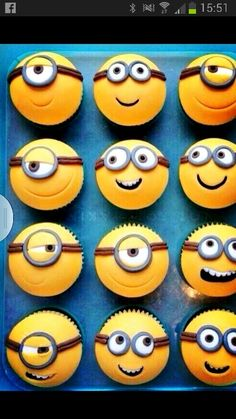 Cool! Despicable me cakes! Minions! could put on 9x13