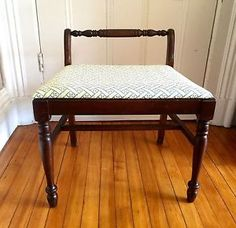 Antique-Vintage-Vanity-Piano-Bench-New-Upholstered-Seat-Turned-Legs