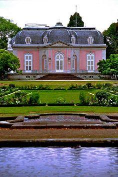 Schloss Benrath - Düsseldorf, Germany