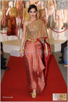 พอลลี่ Miss Earth Thailnd กับชุดประจำชาติไทย สวยสะกดทุกสายตา