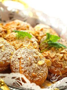 Le ricette vegan hanno il valore aggiunto della naturalità. I Biscotti alle noci e mandorle tostate vi faranno apprezzare ancor più la cucina vegana! #biscottivegan