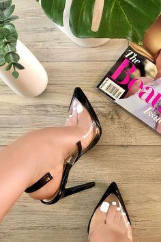 Pretty Shoes, Beautiful Shoes, Pumps Heels, High Heels, Stiletto Shoes, Heeled Boots, Shoe Boots, Black Pumps, Black Shoes