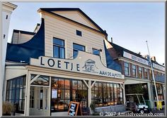 Café Loetje aan de Amstel Amsterdam Restaurant, Terrace Restaurant, Places To Eat, Great Places, Amsterdam Holland, Great Restaurants, Bistro, Mansions, House Styles