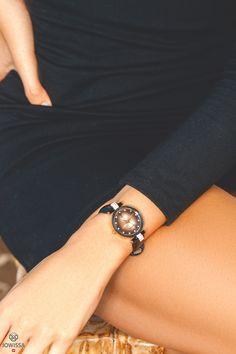 Looking for a women's watch with gold details? These Swiss Made watches make the perfect gift for her. Great Gifts For Men, Perfect Gift For Her, Gifts For Women, Gifts For Her, Gold Watches Women, Ladies Watches, Swiss Made Watches, Spring Style, Rolex Watches