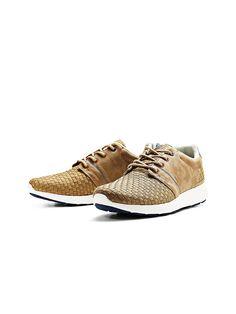 JACK & JONES TECH - Sneakers von FOOTWEAR - Runde Schnürsenkel - Obermaterial Baumwolle und Polyurethan - Gummisohle - Knöchelpolster - Metallösen - Farblich abgesetztes Detail an Ferse und Sohle - Flechtdetail am Oberteil - Markenlogo-Patch an der Lasche Sohle: 100% Gummi, Obermaterial: 50% Polyurethan, 50% Baumwolle...