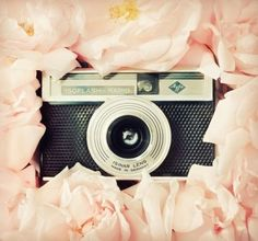 love the camera, love the pink