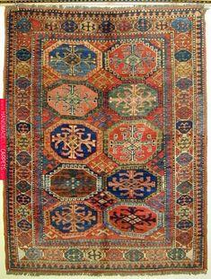 Carpet Sale, Rugs On Carpet, Asian Rugs, Carpets Online, Textiles, Rustic Rugs, Kilim Rugs, Boho Rugs, Persian Rug