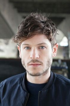 Iwan Rheon was absolutely stunningly disgusting in episode 9 season 6 of Game Of Thrones Beautiful Boys, Gorgeous Men, Pretty Boys, Beautiful People, Game Of Thrones Cast, Youtubers, Ensemble Cast, Attractive People, British Actors