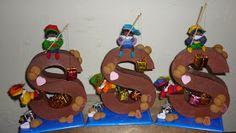 Chocolade letters-Sinterklaas Credits to artist Reborn Dolls, Reborn Babies, Baby Dolls, Homemade Christmas Crafts, Felt House, Newspaper Basket, Cardboard Art, Air Dry Clay, Paper Clay