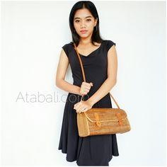Travel bags sling leather rattan ata handwoven bali