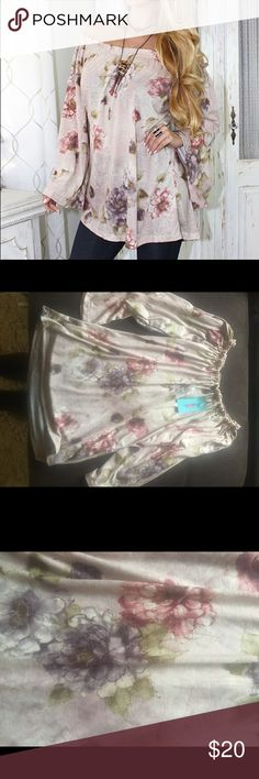 Off shoulders top Floral print brand new with tags rodeo fox Tops Blouses