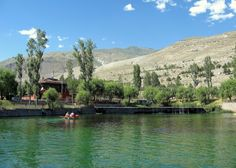 Ekşisu İl merkezine 11 km. uzaklıktaki bölgede bulunan ve Ekşisu adı verilen ve maden suyu çıkartılan bir yerdir.