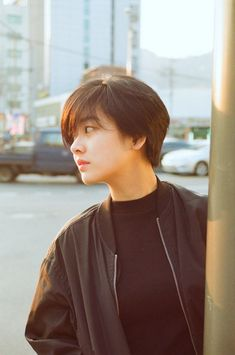 Uploaded by Hya Moon. Find images and videos about alternative, asian girls and lee joo young on We Heart It - the app to get lost in what you love. Short Hair Tomboy, Asian Short Hair, Girl Short Hair, Short Hair Cuts, Korean Short Hairstyle, Short Hair Korean Style, Tomboy Hairstyles, Pixie Hairstyles, Trendy Hairstyles