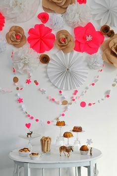 Ive always loved hot corals and camel together. This may be a party but translated into an outift it would be killer! Party Inspiration by Susana of Simplesmento Branco and Ana of Pinga Amor somewheresplendid. Festa Party, Diy Party, Party Ideas, Party Decoration, Birthday Decorations, Paper Decorations, Partys, Kirigami, Sweet Desserts