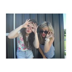 eatsomebrains ♡ ❤ liked on Polyvore featuring pictures, best friends, friends, people and girls