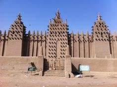 The UNESCO protected mud mosque in Djienne, Mali
