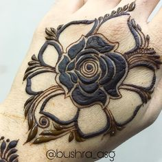 Work in progress! Inconvenience is regretted! Peacock Mehndi Designs, Henna Art Designs, Stylish Mehndi Designs, Mehndi Designs 2018, Wedding Mehndi Designs, Mehndi Designs For Fingers, Beautiful Mehndi Design, Arabic Mehndi Designs, Mehndi Design Pictures