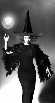 Witch. ☚