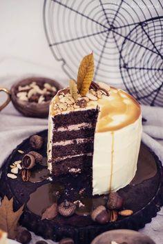 Sofies Haus | Schokoladentorte mit Erdnussbutter und Karamell und verschiednen Nüssen