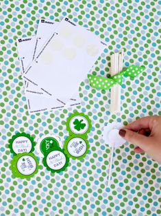 Dress up yummy cupcakes for St. Patrick's Day with festive toppers. Get the step-by-steps from HGTV.com.