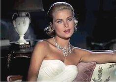 grace kelly | Grace Kelly was quite the beauty.