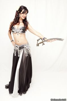 Black belly dancing costume | Simona - Bellydance | Flickr - Photo Sharing!