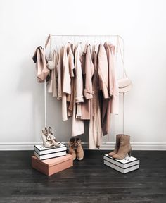 """7 questions to edit your closet and shop smarter! Do you find yourself saying """"I have nothing to wear!"""" while looking at your overfilled closet? You then do the logical thing and go sh… Vide Dressing, Dressing Room, Ikea Mulig, Blush Beauty, My Room, Wardrobe Rack, Pink Wardrobe, Pink Closet, Winter Wardrobe"""