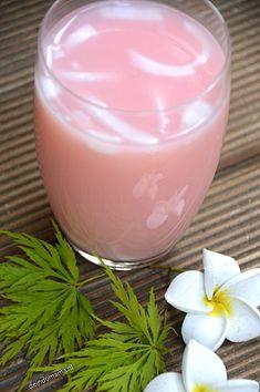 ROZENSTROOP/SIROOP EN STROOP SUSU, heerlijke exotische drankjes met cocos. Makkelijk te maken!