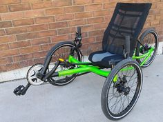 EZ-Tad in Granny Smith Green. These trikes are tough and comfortable. Ideal for commuters . Get on one and you can tell instantly its more fun and relaxing than a traditional bike. Electric Trike, Custom Trikes, Bike Frame, Granny Smith, Travel Tours, More Fun, Hybrid Bikes, Cycling, Pedal