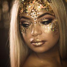 glitter face | Gold Face Glitter | Gold Eye Makeup | Wish Upon A Sparkle