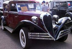 Brewster Ford V8 Town Car 1934 thru 1936 - Love that art deco design...