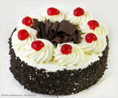 There is more than one black forest cake recipe around, however, an authentic Schwarzwälder Kirschtorte recipe must meet certain standards. Read on, and learn what makes a great black forest cherry cake