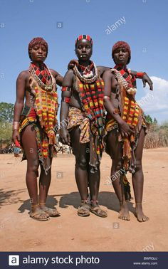Other indigenous tribes African Tribal Girls, Tribal Women, African Women, Beautiful Dark Skinned Women, Beautiful Black Women, African Culture, African History, Africa Tribes, Tribal People