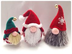 Santa Gonk Christmas Decorations Crochet PDF от HookedoPatterns